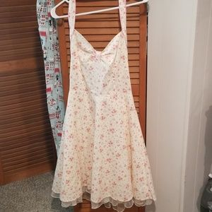 Size 9 Vintage Dress with Pink Floral Print
